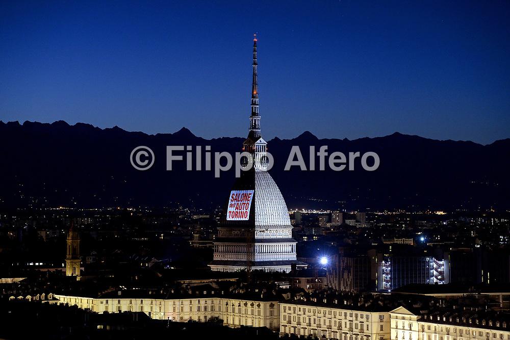 &copy; Filippo Alfero<br /> Salone dell'Auto Torino, Parco Valentino<br /> Torino, 7-11/06/2017<br /> Nella foto: proiezioni sulla Mole Antonelliana
