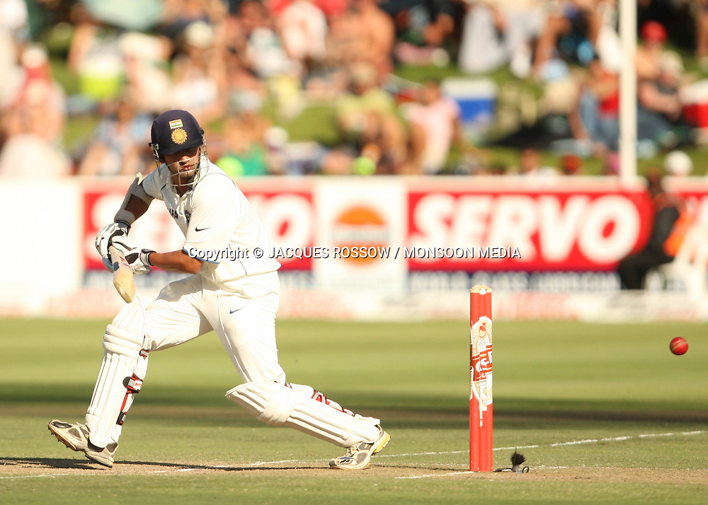 Gautam Gambir in action during Day 2 of the third and final Test between South Africa and India played at Sahara Park Newlands in Cape Town, South Africa, on 2 January 2011. Photo by Jacques Rossouw / MONSOON MEDIA