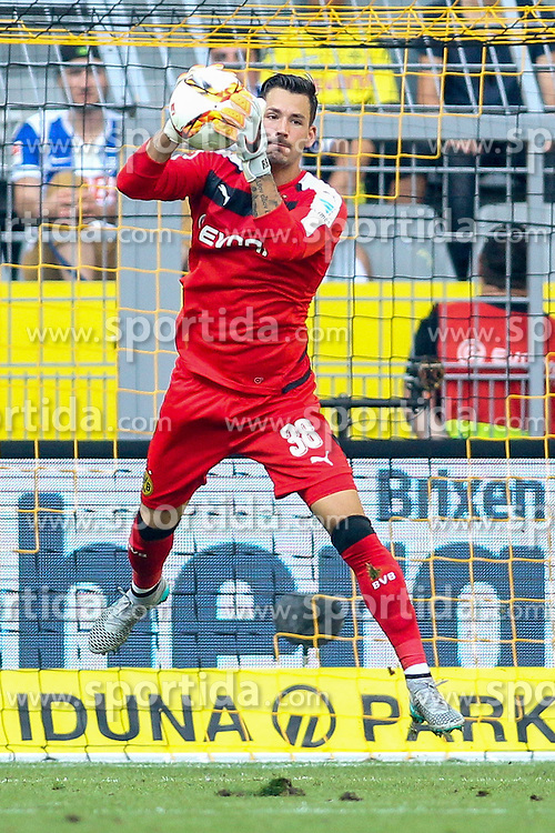 30.08.2015, Signal Iduna Park, Dortmund, GER, 1. FBL, Borussia Dortmund vs Hertha BSC, 3. Runde, im Bild Torwart Roman Buerki (Borussia Dortmund #38) // during the German Bundesliga 3rd round match between Borussia Dortmund and Hertha BSC at the Signal Iduna Park in Dortmund, Germany on 2015/08/30. EXPA Pictures &copy; 2015, PhotoCredit: EXPA/ Eibner-Pressefoto/ Sch&uuml;ler<br /> <br /> *****ATTENTION - OUT of GER*****