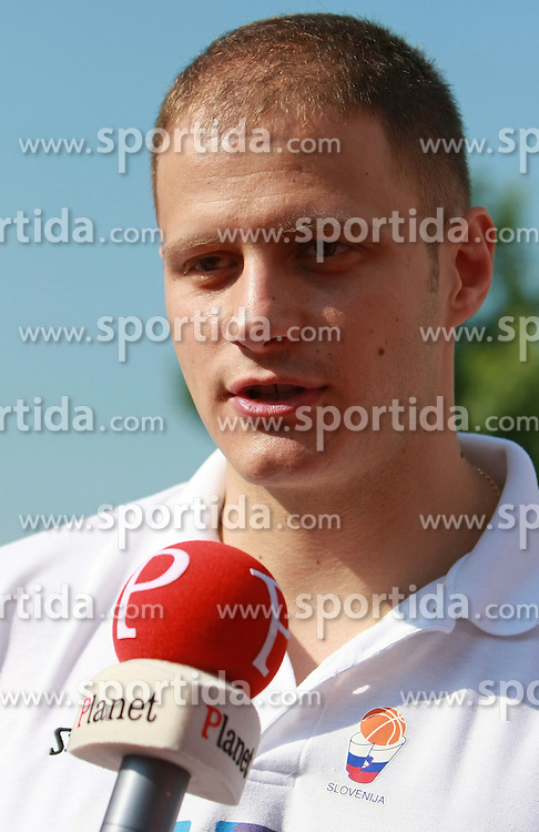 Raso Nesterovic at press conference and after time with fans of Slovenian basketball National Team before departure to Athens for Olympic qualifications, on July 12, 2008, at Presernov trg, in Ljubljana, Slovenia. (Photo by Vid Ponikvar / Sportal Images)