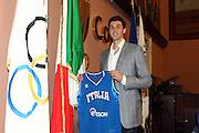ROMA 30 APRILE 2010<br /> BASKET FIP<br /> CONFERENZA STAMPA ANDREA BARGNANI AL SALONE D'ONORE DEL CONI<br /> NELLA FOTO BARGNANI <br /> FOTO CIAMILLO