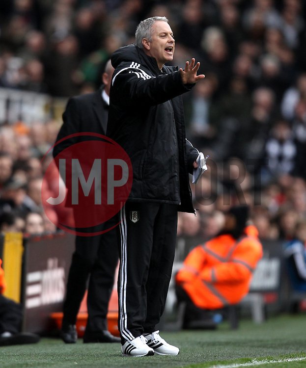 Fulham Manager, Kit Symons - Photo mandatory by-line: Robbie Stephenson/JMP - Mobile: 07966 386802 - 03/04/2015 - SPORT - Football - Fulham - Craven Cottage - Fulham v Brentford - Sky Bet Championship