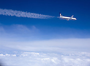 Boeing 767-300 Contrails commercial contrails