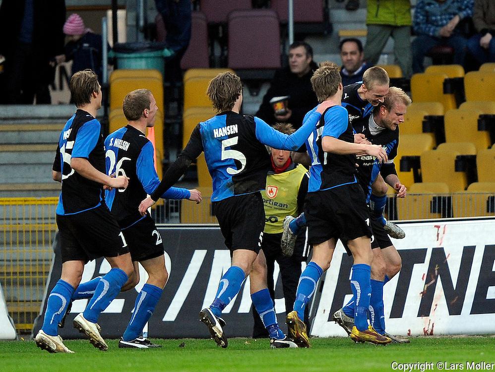 DK:<br /> 20100412, Farum, Danmark:<br /> SAS Liga FC Nordsj&aelig;lland - HB K&oslash;ge: <br /> Henrik Toft, HB K&oslash;ge har scoret <br /> Foto: Lars M&oslash;ller<br /> UK: <br /> 20100412, Farum, Denmark:<br /> SAS League FC Nordsj&aelig;lland - HB K&oslash;ge: <br /> Henrik Toft, HB K&oslash;ge har scoret <br /> Photo: Lars Moeller