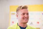 HELSINGBORG , 2017-06-08: Tim Erlandsson under den mixade zonen f&ouml;re U21 landslagets tr&auml;ning p&aring; Olympia, Helsingborg den 8 juni.<br /> Foto: Nils Petter Nilsson/Ombrello<br /> Fri anv&auml;ndning f&ouml;r kunder som k&ouml;pt U21-paketet, annars betalbild.<br /> ***BETALBILD***