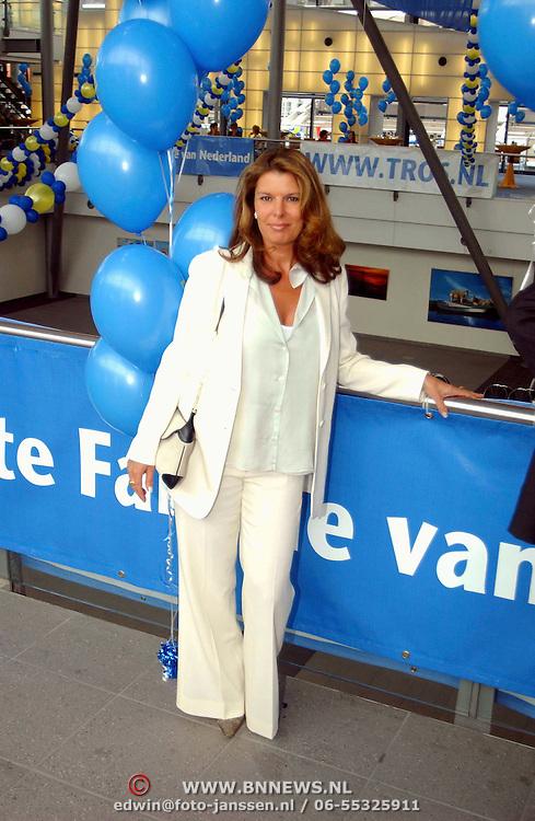 Tros winterpresentatie 2002 Amsterdam, Elene Vis