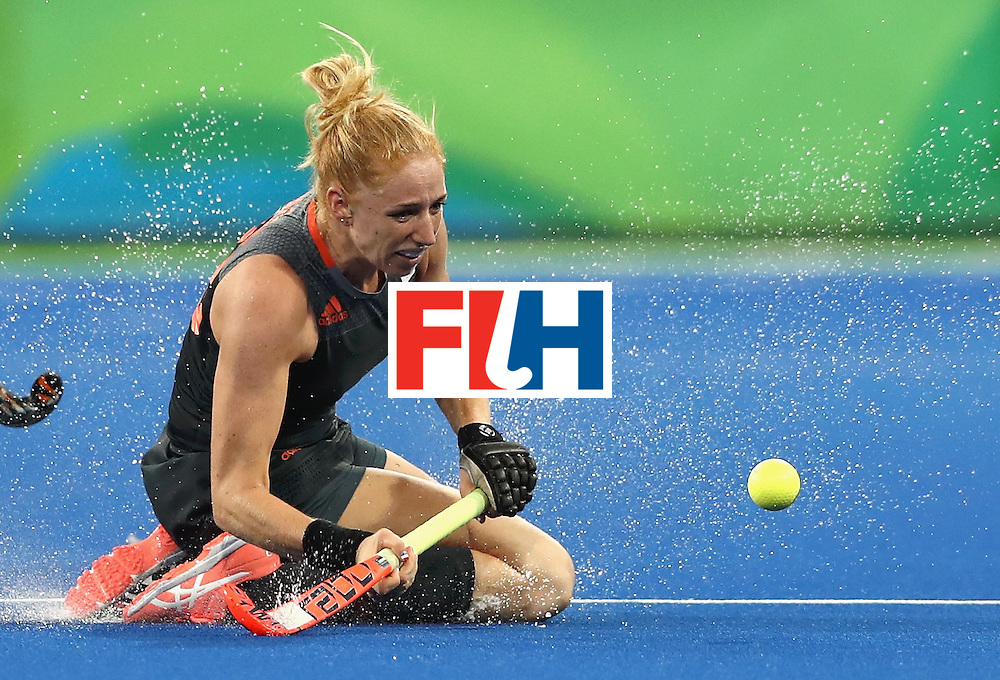 RIO DE JANEIRO, BRAZIL - AUGUST 19:  Margot van Geffen of Netherlands in action on Day 14 of the Rio 2016 Olympic Games at the Olympic Hockey Centre on August 19, 2016 in Rio de Janeiro, Brazil.  (Photo by David Rogers/Getty Images)