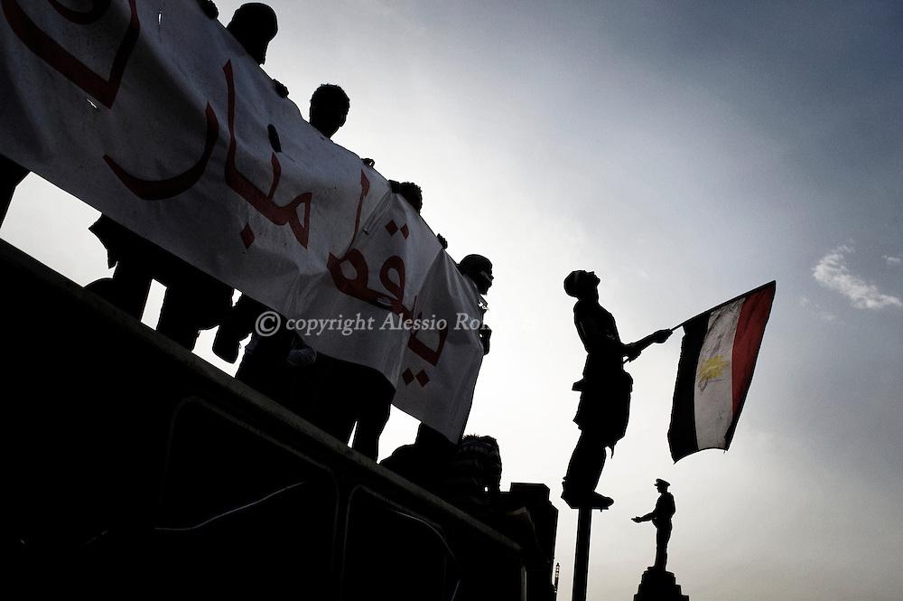 Protestors in Tahrir square in Cairo on February 04, 2010.© ALESSIO ROMENZI