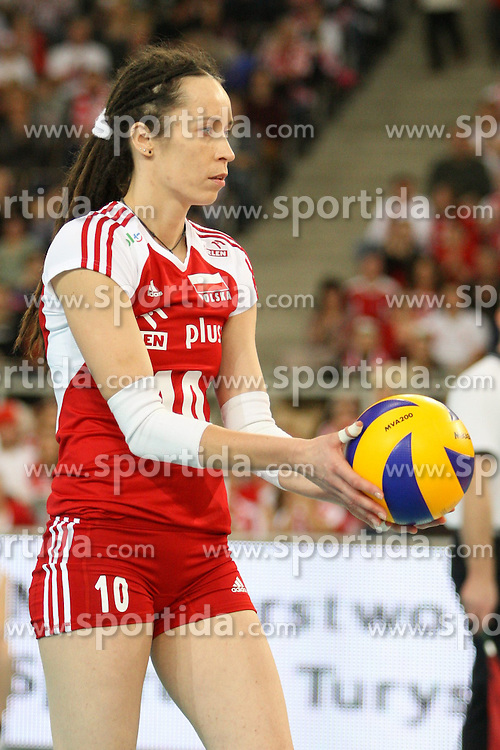04.01.2014, Atlas Arena, Lotz, POL, FIVB, Damen WM Qualifikation, Polen vs Spanien, im Bild Katarzyna MROCZKOWSKA (POL) // Katarzyna MROCZKOWSKA (POL) during the ladies FIVB World Championship qualifying match between Poland and Spain at the Atlas Arena in Lotz, Poland on 2014/01/04. EXPA Pictures &copy; 2014, PhotoCredit: EXPA/ Newspix/ Tomasz Jastrzebowski<br /> <br /> *****ATTENTION - for AUT, SLO, CRO, SRB, BIH, MAZ, TUR, SUI, SWE only*****