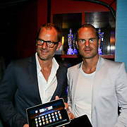 NLD/Amsterdam/20110823 - Presentatie Samsung Galaxy Tab, Ronald de Boer en tweelingbroer Frank de Boer