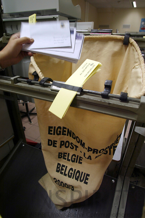 BRUSSELS - BELGIUM - 10 OCTOBER 2005 -- Belgian Post - La Poste - De Post -- Sach ready to be filled with mail.  PHOTO: ERIK LUNTANG / INSPIRIT Photo..