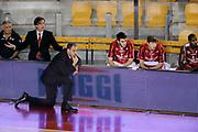 DESCRIZIONE : Roma Lega A 2014-15 <br /> Acea Virtus Roma - Giorgio Tesi Group Pistoia<br /> GIOCATORE : Paolo Moretti<br /> CATEGORIA : coach panchina <br /> SQUADRA : Giorgio Tesi Group Pistoia<br /> EVENTO : Campionato Lega A 2014-2015 <br /> GARA : Acea Virtus Roma - Giorgio Tesi Group Pistoia<br /> DATA : 22/03/2015<br /> SPORT : Pallacanestro <br /> AUTORE : Agenzia Ciamillo-Castoria/N. Dalla Mura<br /> Galleria : Lega Basket A 2014-2015  <br /> Fotonotizia : Roma Lega A 2014-15 Acea Virtus Roma - Giorgio Tesi Group Pistoia