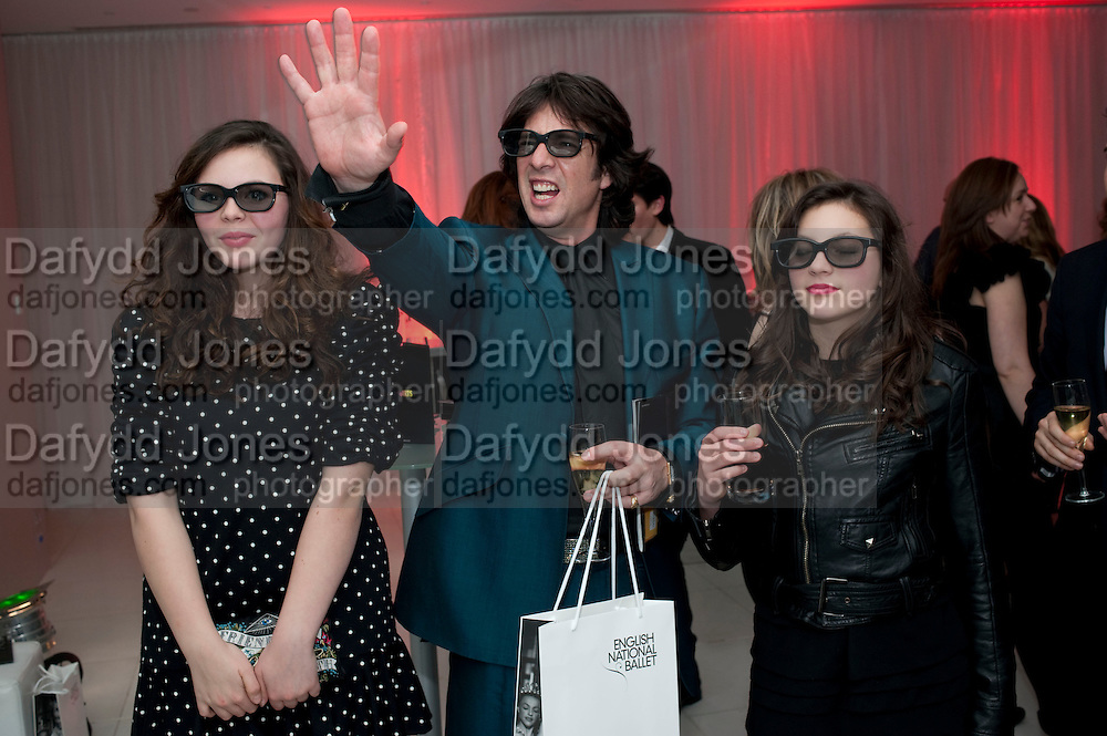CECILE LLEWELLEN-BOWEN; LAWRENCE LLEWELLEN-BOWEN; HERMIONE LLEWELLEN-BOWEN, English National Ballet launches its Christmas season with a partyu before s performance of The Nutcracker at the Coliseum.  St. Martin's Lane Hotel.  London. 16 December 2009 *** Local Caption *** -DO NOT ARCHIVE-© Copyright Photograph by Dafydd Jones. 248 Clapham Rd. London SW9 0PZ. Tel 0207 820 0771. www.dafjones.com.<br /> CECILE LLEWELLEN-BOWEN; LAWRENCE LLEWELLEN-BOWEN; HERMIONE LLEWELLEN-BOWEN, English National Ballet launches its Christmas season with a partyu before s performance of The Nutcracker at the Coliseum.  St. Martin's Lane Hotel.  London. 16 December 2009