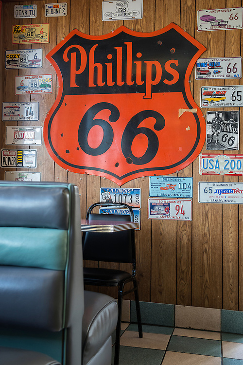 USA,Illinois, Midwest, Springfield,Route 66,Cozy Dog Drive In
