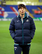 Ki Sung-Yueng of Swansea City before the Premier League match at Selhurst Park, London<br /> Picture by Alan Stanford/Focus Images Ltd +44 7915 056117<br /> 03/01/2017