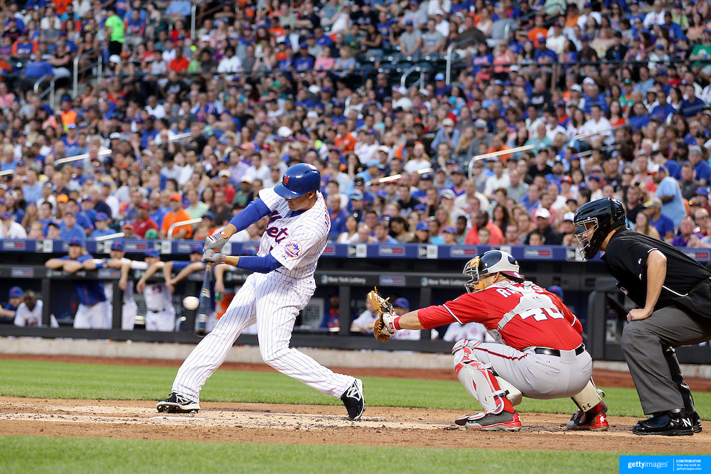Kelly Johnson, New York Mets, batting during the New York Mets Vs Washington Nationals. MLB regular season baseball game at Citi Field, Queens, New York. USA. 1st August 2015. (Tim Clayton for New York Daily News)
