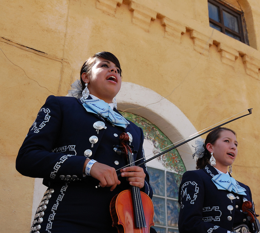 Pueblo High School's Mariachi Aztlan in concert at Tucson's first-ever Fiesta en el Barrio Viejo in 2010. The all-day concert is now known as Fiesta en el Barrio. Event photography by Martha Retallick.
