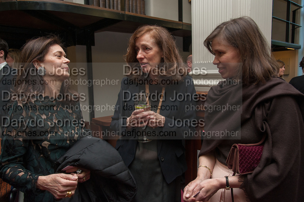 SHELLEY WANGER; JANE ST. AUBYN; LADY SARAH CHATTO, The London Library Annual  Life in Literature Award 2013 sponsored by Heywood Hill. The London Library Annual Literary dinner. London Library. St. james's Sq. London. 16 May 2013.