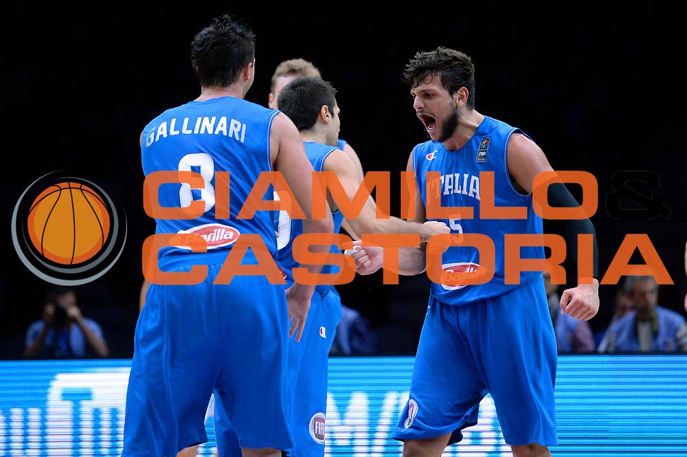 DESCRIZIONE : Lille Eurobasket 2015 Ottavi di Finale Eight Finals Israele Italia Israel Italy<br /> GIOCATORE : Alessandro Gentile<br /> CATEGORIA : esultanza<br /> SQUADRA : Italia Italy<br /> EVENTO : Eurobasket 2015 <br /> GARA : Israele Italia Israel Italy<br /> DATA : 13/09/2015 <br /> SPORT : Pallacanestro <br /> AUTORE : Agenzia Ciamillo-Castoria/Max.Ceretti<br /> Galleria : Eurobasket 2015 <br /> Fotonotizia : Lille Eurobasket 2015 Ottavi di Finale Eight Finals Israele Italia Israel Italy