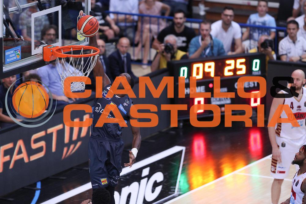 Hogue Dustin, Dolomiti Energia Trentino vs Umana Reyer Venezia LBA Serie A Playoff Finale gara 6 stagione 2016/2017 Pala Trento, Trento 20 giugno 2017