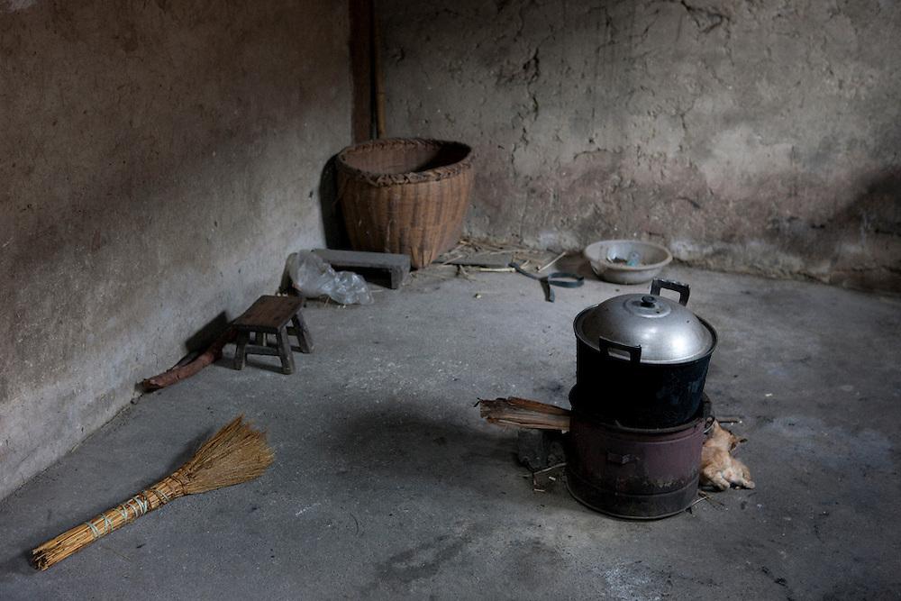 China-Guilin-kitchen