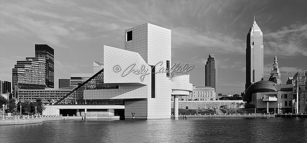 Rock and Roll Hall of Fame and museum, Cleveland, OHIO. On the shores of Lake Erie. Architect I.M. Pei-Pei Cobb Freed and Partners (1995).