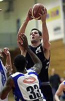 Basketball<br /> BLNO<br /> 03.10.2010<br /> Foto: Morten Olsen, Digitalsport<br /> <br /> Serieåpning BLNO<br /> Kristiansand Pirates v Tromsø Storm<br /> <br /> Hunter Ross - Kristiansand