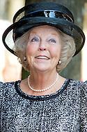 3-10-2014  AMSTERDAM - Prinses Beatrix opent vrijdagmiddag 3 oktober de Majoor Bosshardtburgh in Amsterdam. De Majoor Bosshardtburgh is een nieuwe opvanglocatie van het Leger des Heils voor hulpbehoevende dak- en thuislozen. Voorafgaand is de Prinses aanwezig bij een bijeenkomst in de Koepelkerk ter gelegenheid van de opening. COPYRIGHT ROBIN UTRECHT