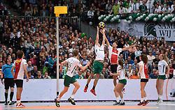 11-04-2015 NED: PKC SWKgroep - TOP Quoratio, Rotterdam<br /> Korfbal Leaguefinale in een volgepakt Ahoy wordt gewonnen door PKC met 22-21 / Olav van Wijngaarden, Nick Pikaar