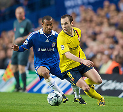 LONDON, ENGLAND - Wednesday, May 6, 2009: Chelsea's Ashley Cole and Barcelona's Andres Iniesta during the UEFA Champions League Semi-Final 2nd Leg match at Stamford Bridge. (Photo by David Rawcliffe/Propaganda)