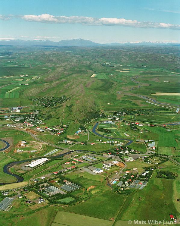 Fl&uacute;&eth;ir, Hrunamannahreppur s&eacute;&eth; til nor&eth;urs.<br /> Fludir, Hrunamannahreppur viewing north to Langjokull  (left) an Hofsjokull right mount Blafell in the middle.
