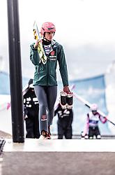 22.02.2019, Bergiselschanze, Innsbruck, AUT, FIS Weltmeisterschaften Ski Nordisch, Seefeld 2019, Skisprung, Herren, im Bild Karl Geiger (GER) // Karl Geiger of Germany during the men's Skijumping of FIS Nordic Ski World Championships 2019. Bergiselschanze in Innsbruck, Austria on 2019/02/22. EXPA Pictures © 2019, PhotoCredit: EXPA/ JFK