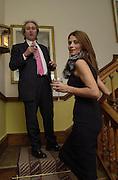 Nick  Allen? and  Krista d'Souza. Tina Brown CBE and Birthday party hosted by Sally Greene. Cheyne Walk. London 21 November 2000. © Copyright Photograph by Dafydd Jones 66 Stockwell Park Rd. London SW9 0DA Tel 020 7733 0108 www.dafjones.com