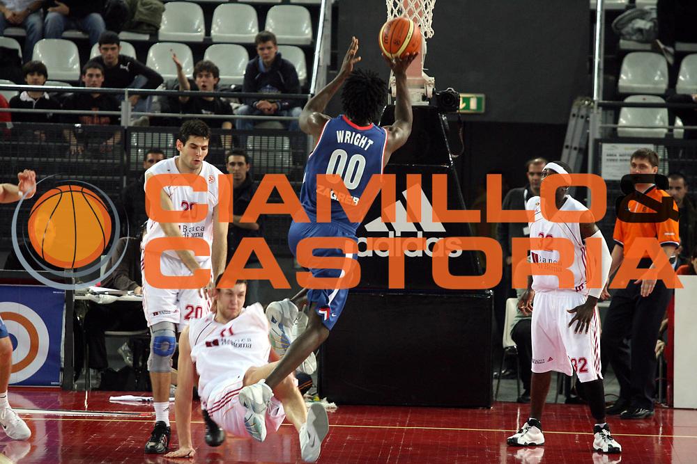 DESCRIZIONE : Roma Eurolega 2006-07 Lottomatica Virtus Roma Cibona Zagabria<br />GIOCATORE : Wright<br />SQUADRA : Cibona Zagabria<br />EVENTO : Eurolega 2006-2007 <br />GARA : Lottomatica Virtus Roma Cibona Zagabria <br />DATA : 01/02/2007 <br />CATEGORIA : Tiro<br />SPORT : Pallacanestro <br />AUTORE : Agenzia Ciamillo-Castoria/G.Ciamillo