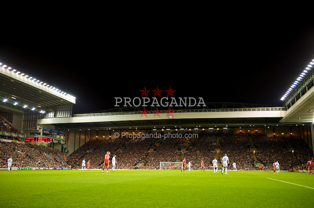 LIVERPOOL, ENGLAND - Wednesday, March 5, 2008: Liverpool take on West Ham United during the Premiership match at Anfield. (Photo by David Rawcliffe/Propaganda)