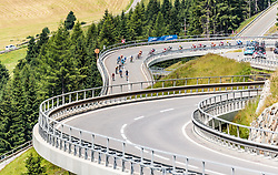 07.07.2017, St. Johann Alpendorf, AUT, Ö-Tour, Österreich Radrundfahrt 2017, 5. Kitzbühel - St. Johann/Alpendorf (212,5 km), im Bild das Peloton am Felbertauern // the Peloton at the Felbertauern during the 5th stage from Kitzbuehel - St. Johann/Alpendorf (212,5 km) of 2017 Tour of Austria. St. Johann Alpendorf, Austria on 2017/07/07. EXPA Pictures © 2017, PhotoCredit: EXPA/ JFK