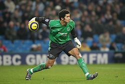 MANCHESTER, ENGLAND - WEDNESDAY, JANUARY 4th, 2006: Manchester City's goalkeeper David James during the Premiership match against Tottenham Hotspur at the City of Manchester Stadium. (Pic by David Rawcliffe/Propaganda)