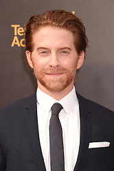 Seth Green bei der Ankunft zur Verleihung der Creative Arts Emmy Awards in Los Angeles / 110916 <br /> <br /> *** Arrivals at the Creative Arts Emmy Awards in Los Angeles, September 11, 2016 ***