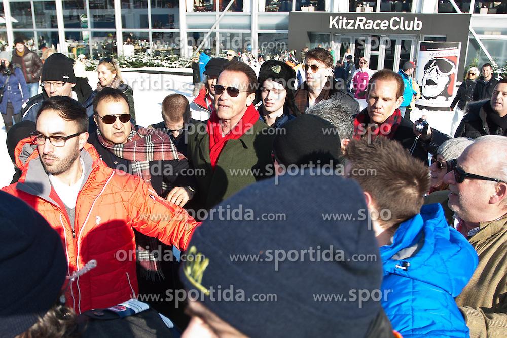 26.01.2013, Streif, Kitzbuehel, AUT, FIS Weltcup Ski Alpin, Abfahrt, Herren, im Bild // during mens Down26.01.2013, Streif, Kitzbuehel, AUT, FIS Weltcup Ski Alpin, Abfahrt, Herren, im Bild die Steirische Eiche Arnold Schwarzenegger // during mens Downhill of the FIS Ski Alpine World Cup at the Streif course, Kitzbuehel, Austria on 2013/01/26. EXPA Pictures © 2013, PhotoCredit: EXPA/ Markus Casnahill of the FIS Ski Alpine World Cup at the Streif course, Kitzbuehel, Austria on 2013/01/26. EXPA Pictures © 2013, PhotoCredit: EXPA/ Markus Casna