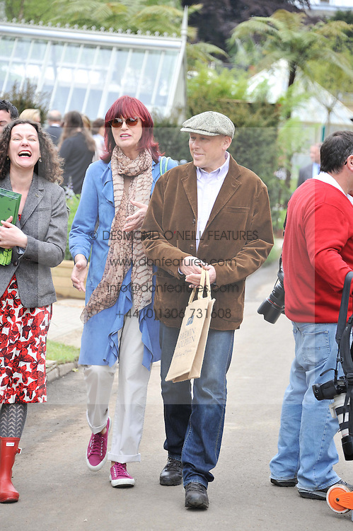 JANET STREET-PORTER and ? at the 2012 RHS Chelsea Flower Show held at Royal Hospital Chelsea, London on 21st May 2012.