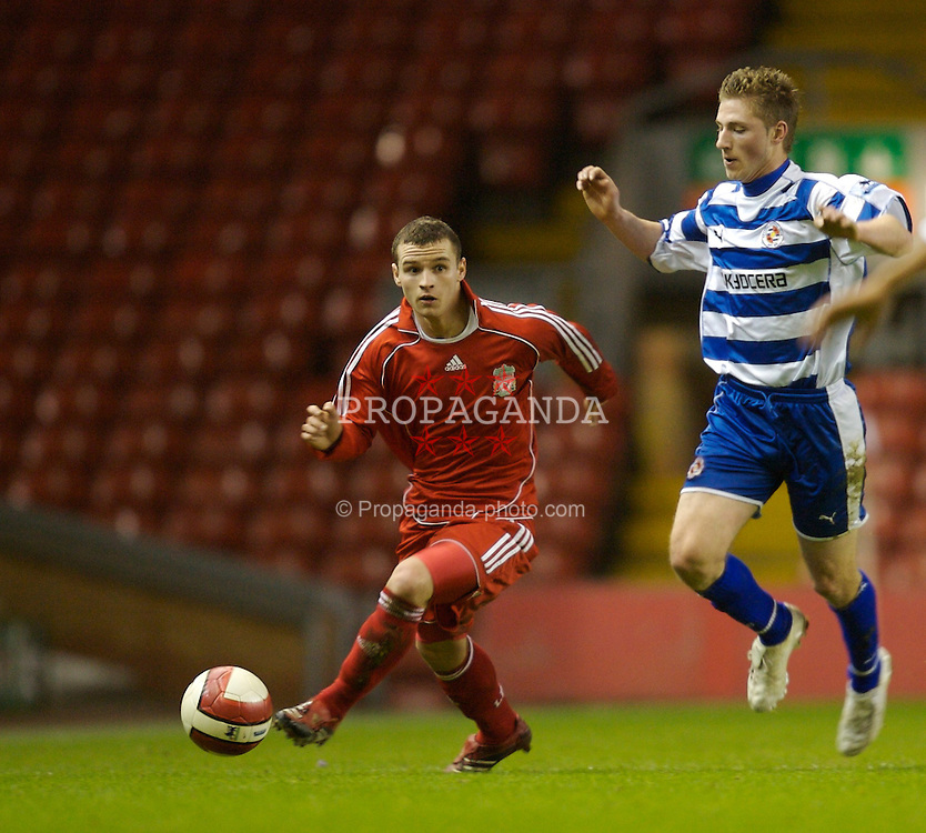 Liverpool, England - Friday, January 26, 2007: Liverpool's Jimmy Ryan and Reading's James Henry during the FA Youth Cup 5th Round match at Anfield. (Pic by David Rawcliffe/Propaganda)