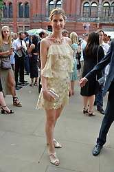 Susanna Warren at the V&A Summer Party 2017 held at the Victoria & Albert Museum, London England. 21 June 2017.<br /> Photo by Dominic O'Neill/SilverHub 0203 174 1069 sales@silverhubmedia.com