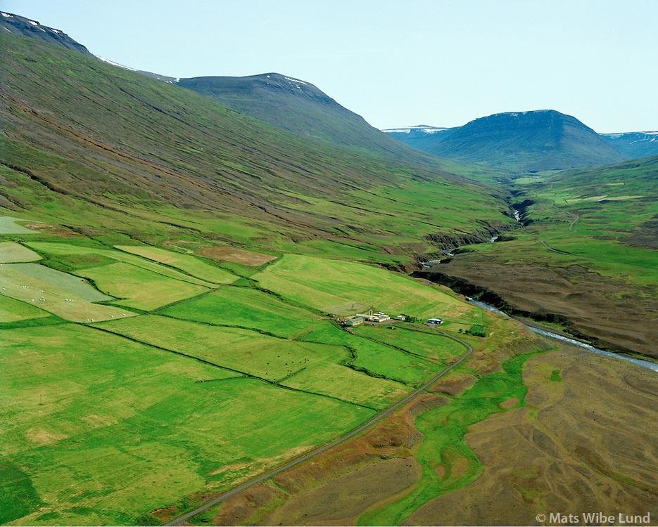 Stekkjarflatir séð til suðurs, Eyjafjarðarsveit áður Saurbæjarhreppur / Stekkjarflatir viewing south, Eyjafjardarsveit former Saurbaejarhreppur.