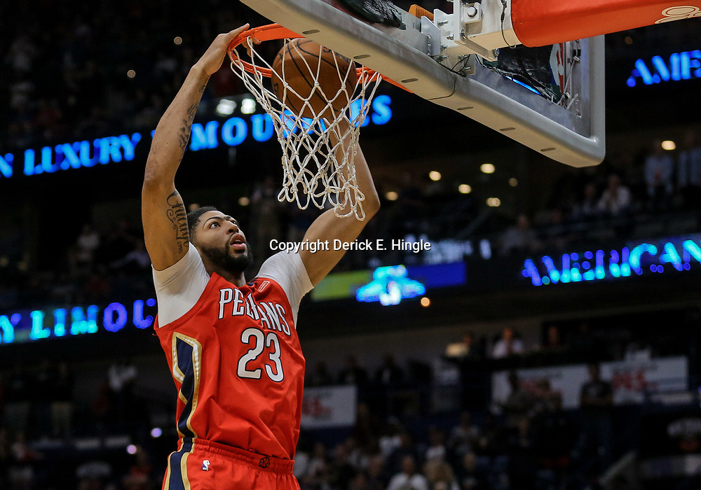 Apr 11, 2018; New Orleans, LA, USA; New Orleans Pelicans forward Anthony Davis (23) dunks against the San Antonio Spurs during the first quarter at the Smoothie King Center. Mandatory Credit: Derick E. Hingle-USA TODAY Sports