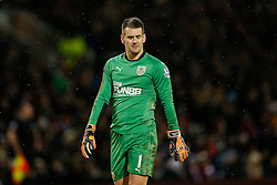 Thomas Heaton of Burnley looks dejected - Photo mandatory by-line: Rogan Thomson/JMP - 07966 386802 - 26/12/2014 - SPORT - FOOTBALL - Burnley, England - Turf Moor Stadium - Burnley v Liverpool - Boxing Day Christmas Football - Barclays Premier League.