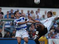 Fotball<br /> Foto: SBI/Digitalsport<br /> NORWAY ONLY<br /> <br /> Coca-Cola Championship<br /> <br /> QPR / Queens Park Rangers v Derby County<br /> <br /> 21/08/2004<br /> <br /> Kevin Gallen L challenges for the ball with Tom Huddlestone