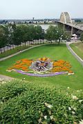Nederland, the Netherlands, Nijmegen, 9-7-2016Het stadswapen van de stad gevormd door bloemen al jaren een vast beeld op deze plek .FOTO: FLIP FRANSSEN