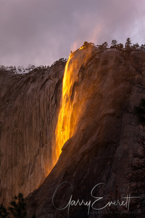 Horsetail Falls 2017, dramatic lighting of water falls