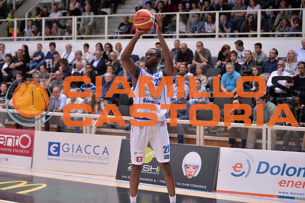 Josh Carter<br /> Dolomiti Energia Aquila Basket Trento - Banco di Sardegna Dinamo Sassari<br /> Lega Basket Serie A 2016/2017<br /> Trento, 08/04/2017<br /> Foto Ciamillo - Castoria