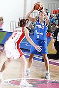DESCRIZIONE : Valmiera Latvia Lettonia Eurobasket Women 2009 Italia Bielorussia Italy Belarus<br /> GIOCATORE : Mriachiara Franchini<br /> SQUADRA : Italia Italy<br /> EVENTO : Eurobasket Women 2009 Campionati Europei Donne 2009 <br /> GARA :  Italia Bielorussia Italy Belarus<br /> DATA : 09/06/2009 <br /> CATEGORIA : passaggio<br /> SPORT : Pallacanestro <br /> AUTORE : Agenzia Ciamillo-Castoria/E.Castoria
